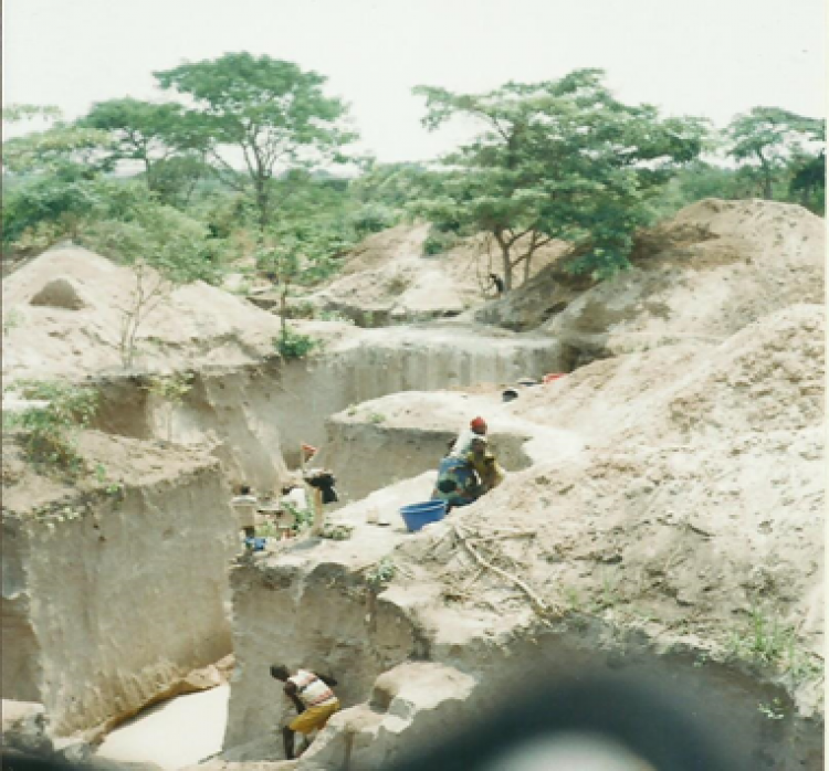 OEARSE- carrière de Kabala à Manono SEPT 2015